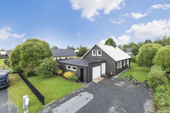 Bild: 7 rum villa på Salladsvägen 4, Bodens kommun Sävast