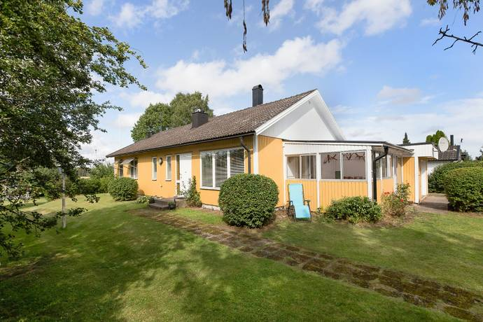 Bild: 5 rum villa på Moråvägen 3, Mjölby kommun Hogstad