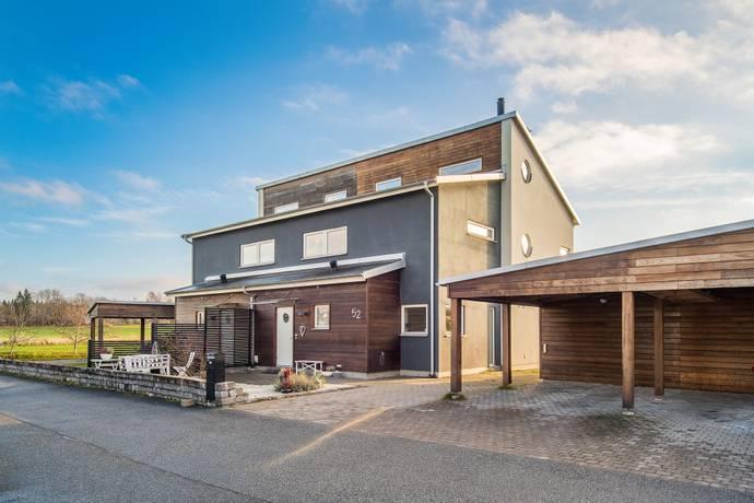 Bild: 6 rum villa på Slingvägen  52, Örebro kommun Hovsta