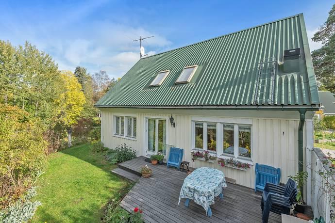 Bild: 5 rum villa på LÄKARVÄGEN 8, Österåkers kommun Åkerstorp