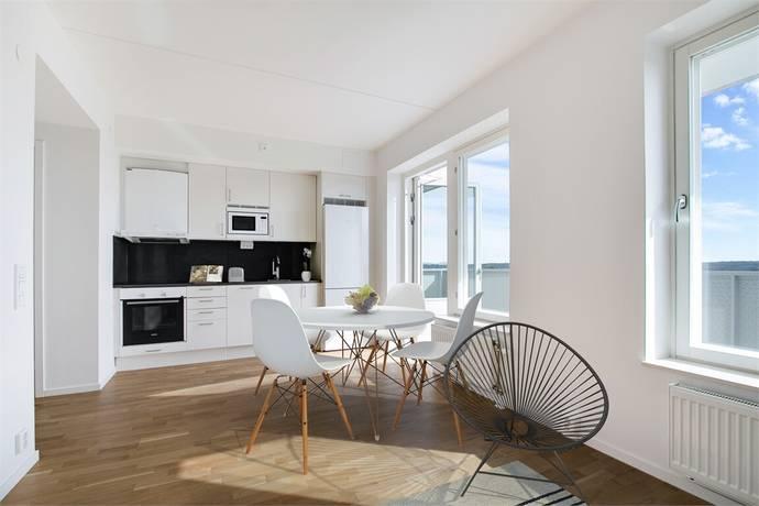 Bild: 1 rum bostadsrätt på Tingstorget 1 7tr, Botkyrka kommun Norsborg