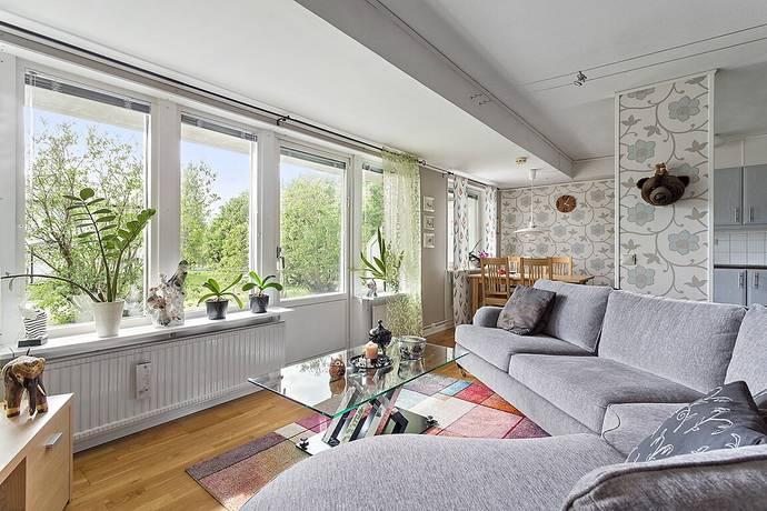 Bild: 1 rum bostadsrätt på Blidvägen 53, Luleå kommun Björkskatan