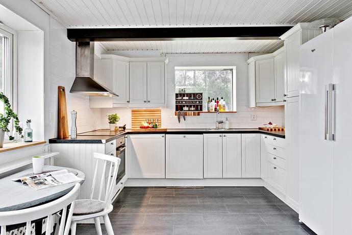 Bild: 6 rum villa på Hörjelvägen 141-23, Sjöbo kommun Äsperöd