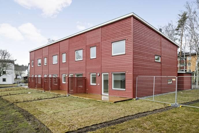 Bild: 4 rum radhus på Fältstensvägen 28, Haninge kommun Jordbro