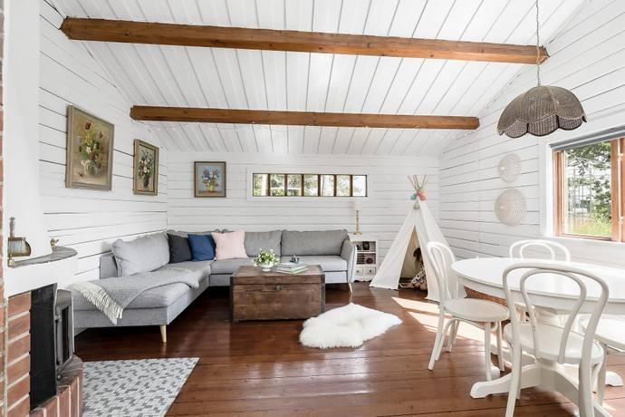 Bild: 2 rum villa på Knutstorp Hammargården, Eskilstuna kommun Näshulta