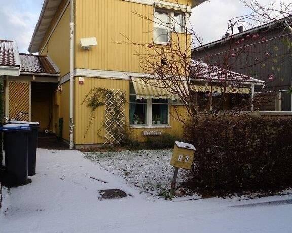 Bild: 4 rum radhus på Ledungsvägen 11 D, Täby kommun Täby Kyrkby