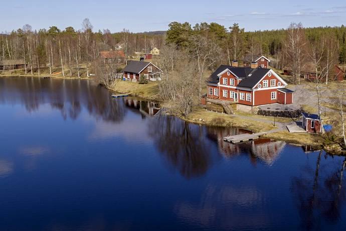 Bild: villa på Nyfors handel, Smedjebackens kommun