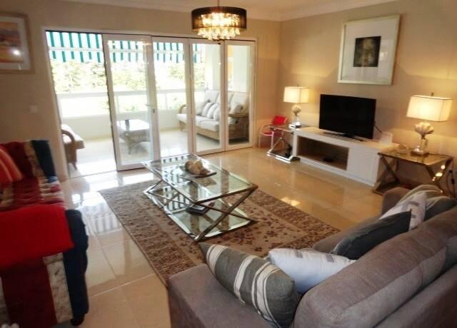Bild: 4 rum bostadsrätt på Marbella Nueva Andalucia Centro Plaza, Spanien