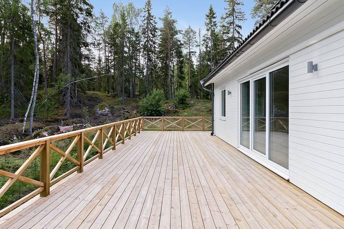 Bild: 4 rum villa på Ramsjö skogsväg 1, Uppsala kommun Järlåsa