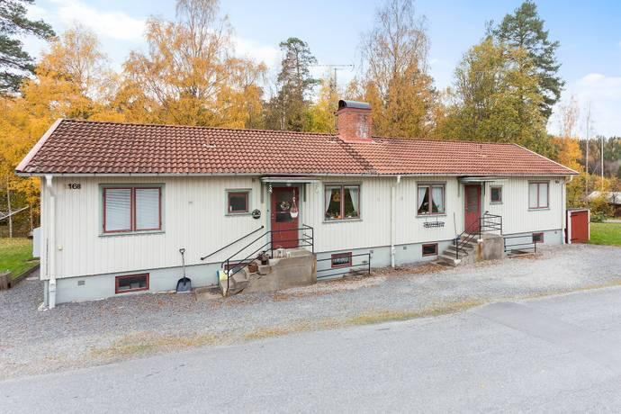 Bild: 510 m² villa på Skogsgläntevägen  15-18 A-B, Lindesbergs kommun Guldsmedshyttan