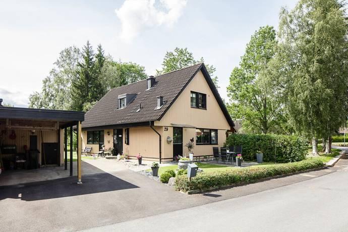 Bild: 5 rum villa på Fuxvägen 29, Alvesta kommun Påvelsgård