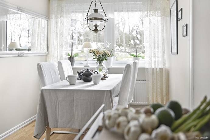 Bild: 3 rum bostadsrätt på Uppegårdsvägen 82, Stenungsunds kommun