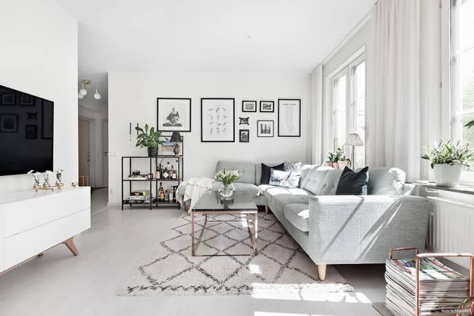 Bild: 2,5 rum bostadsrätt på Fyrgränd, Nacka kommun Järla Sjö