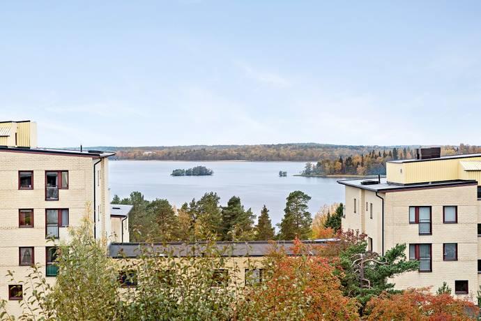 Bild: 5 rum bostadsrätt på Turbingränd 12, Järfälla kommun Kallhäll