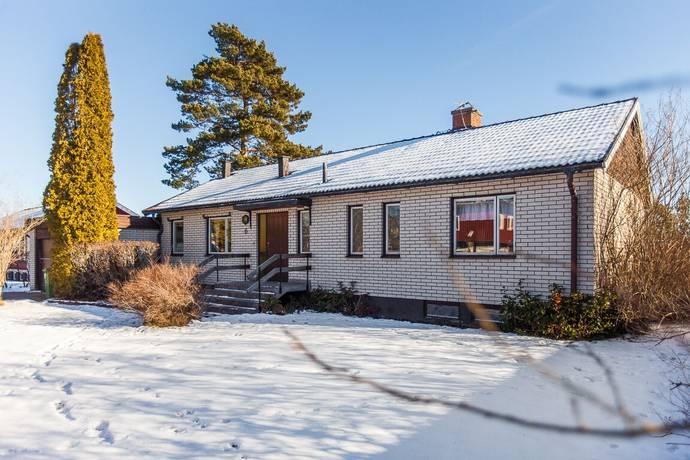 Bild: 4 rum villa på Plommonstigen 6, Nässjö kommun Hultet