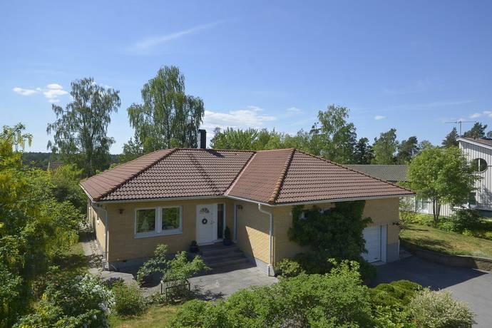 Bild: 4 rum villa på Törvedsvägen 7, Lidingö kommun Kyrkviken