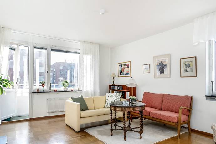 Bild: 2 rum bostadsrätt på Toffelbacken 35, Stockholms kommun Älvsjö/Hägersten
