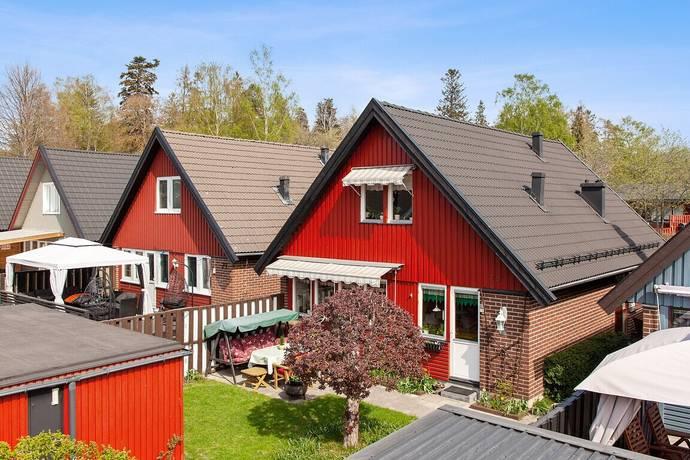 Bild: 4 rum villa på Stålhamravägen 78, Södertälje kommun Saltskog