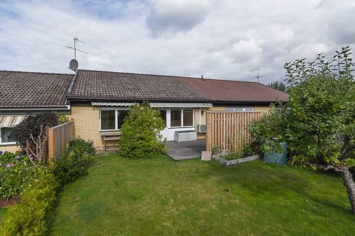 Bild: 3 rum villa på Tjädergatan 30, Vadstena kommun Quissberg