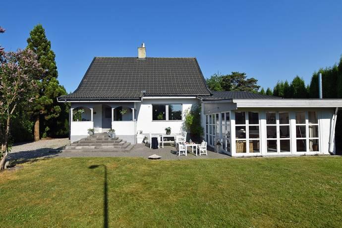 Bild: 6 rum villa på Byabacksvägen 15, Ystads kommun Ystad - Sövestad