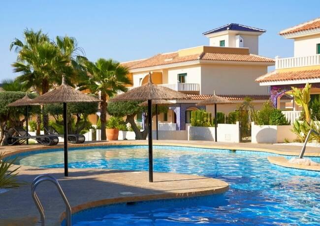 Bild: 3 rum villa på Radhus i privat område med simbassäng, Spanien Ciudad Quesada - Costa Blanca