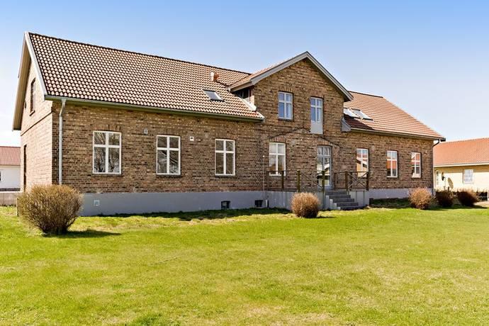 Bild: 8 rum villa på Ponnygatan 3, Ängelholms kommun Kroneslätt