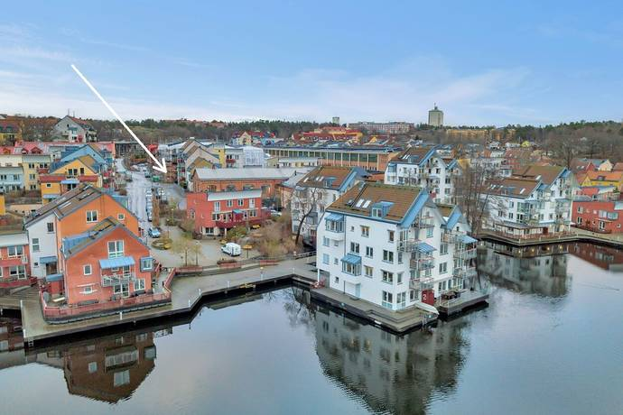 Bild: 4 rum bostadsrätt på Winborgs Väg 21, 1 tr, Nacka kommun Järla Sjö
