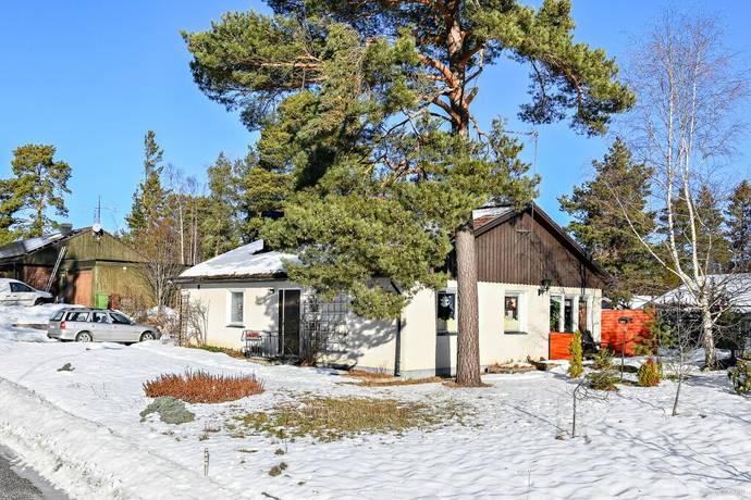 Bild: 4 rum villa på Ringvägen 2, Enköpings kommun Fjärdhundra