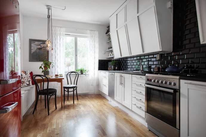 Bild: 2 rum bostadsrätt på Puckgränd 17, 2 tr, Stockholms kommun Hägersten - Västertorp