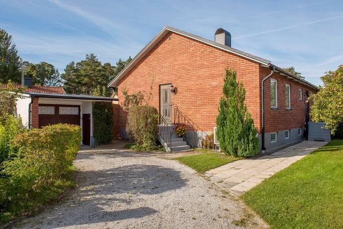 Bild: 6 rum villa på Betesgatan 10, Gotlands kommun Visby - Furulund