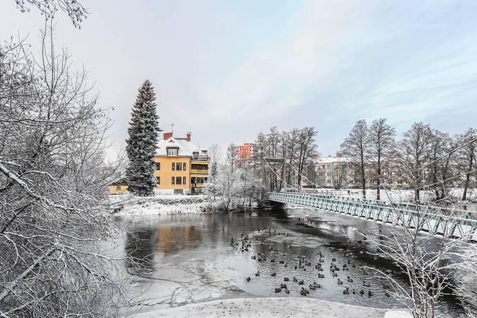 Bild: villa på Rostastrand 1, Örebro kommun Rosta