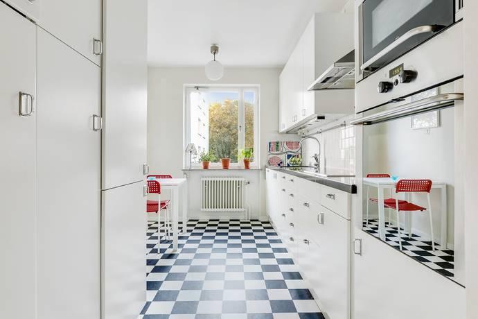 Bild: 4 rum bostadsrätt på Backvägen 7, 2tr, Solna kommun Råsunda