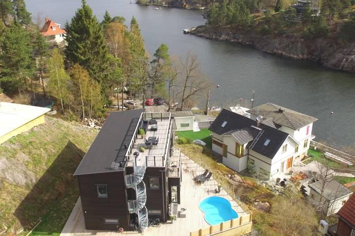 Bild: 6 rum villa på Kungsborgsvägen 13, Nacka kommun Skuru