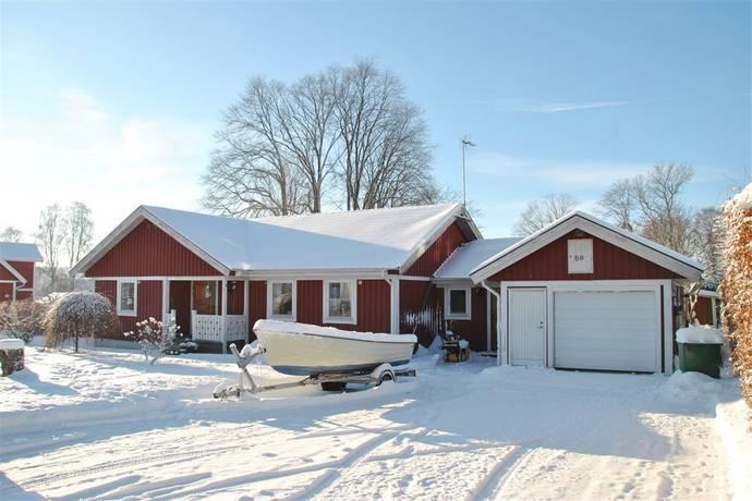 Bild: 4 rum villa på Trädgårdsvägen 5B, Vänersborgs kommun Vargön