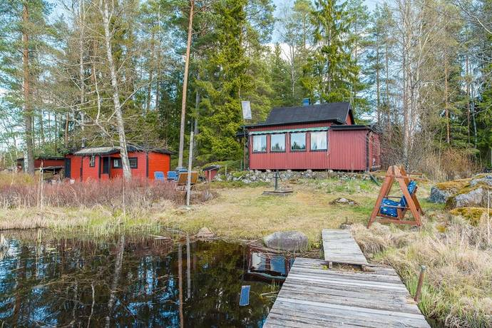 Bild: 3 rum fritidshus på Häggsjön 6, Katrineholms kommun Sjötomt Häggsjön