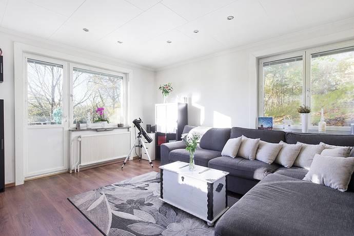 Bild: 2 rum bostadsrätt på Lindstigen 7, Stockholms kommun Ulvsunda