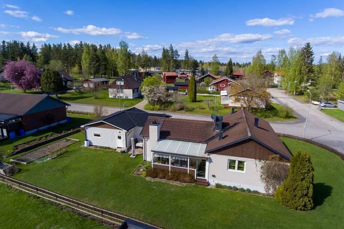 Bild: 4 rum villa på Hans-Jonsvägen 3, Bollnäs kommun