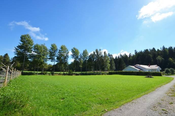 Bild: tomt på Bäcken 303, Uddevalla kommun