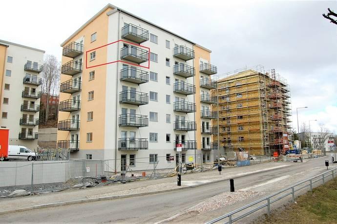 Bild: 2 rum bostadsrätt på Småbrukets backe 14, 5 tr, Huddinge kommun Visättra ängar