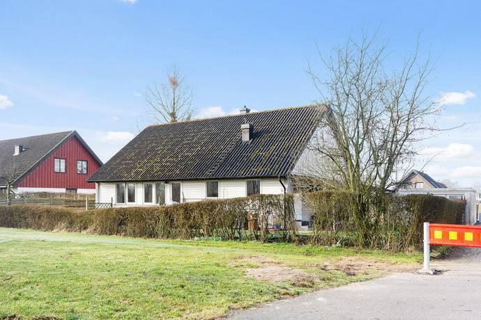 Bild: 8 rum villa på Sånggatan  14, Bjuvs kommun Västervång