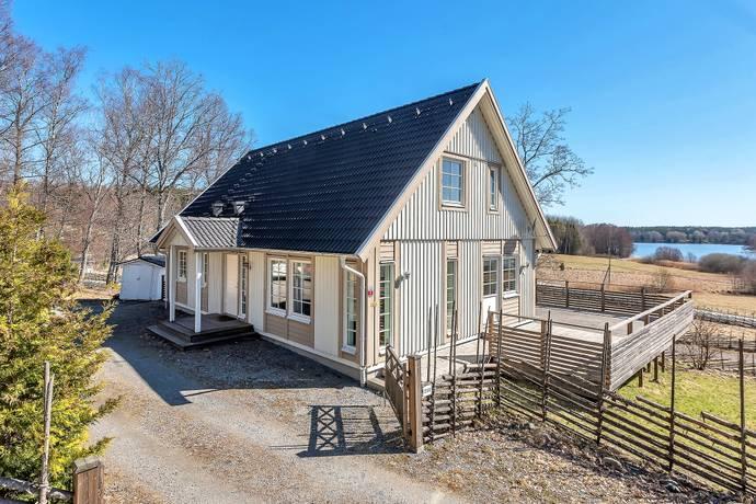 Bild: 7 rum villa på NÄRTUNAVÄGEN 256, Norrtälje kommun Rimbo