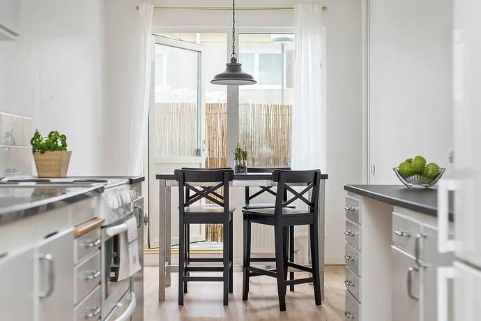Bild: 2 rum bostadsrätt på Stupvägen 75, Sollentuna kommun Helenelund