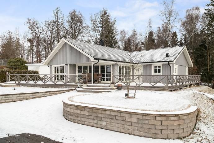Bild: 4 rum villa på Slätthults hagväg 3, Lerums kommun Stenkullen-Slätthult