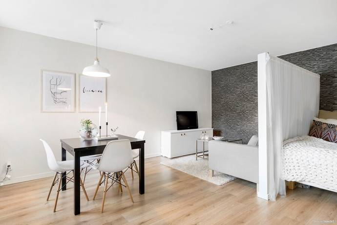 Bild: 1 rum bostadsrätt på Bondebacken 14 A, Västerås kommun Djäkneberget/centralt