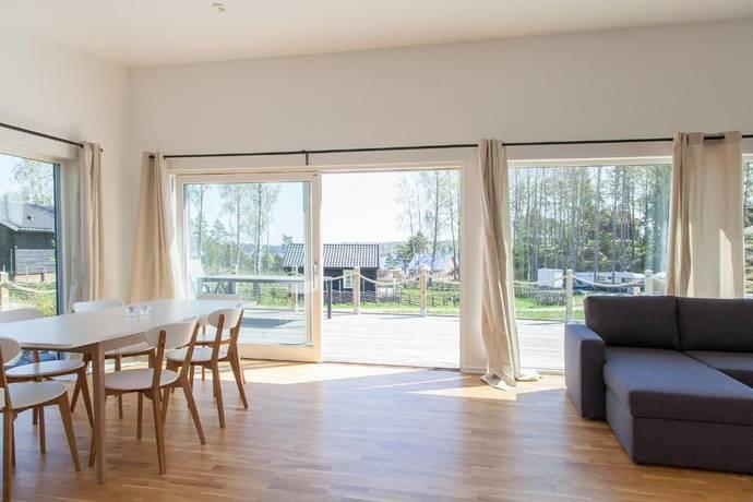 Bild: 3 rum villa på Timrarövägen 21, Österåkers kommun Timrarön