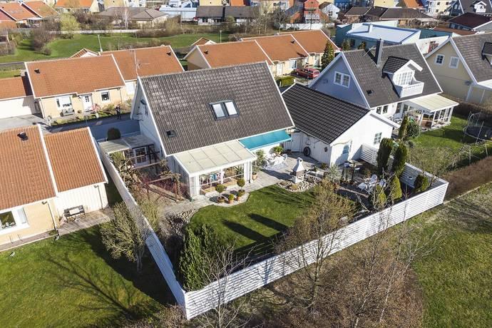 Bild: 5 rum villa på Knutsborg 70, Staffanstorps kommun