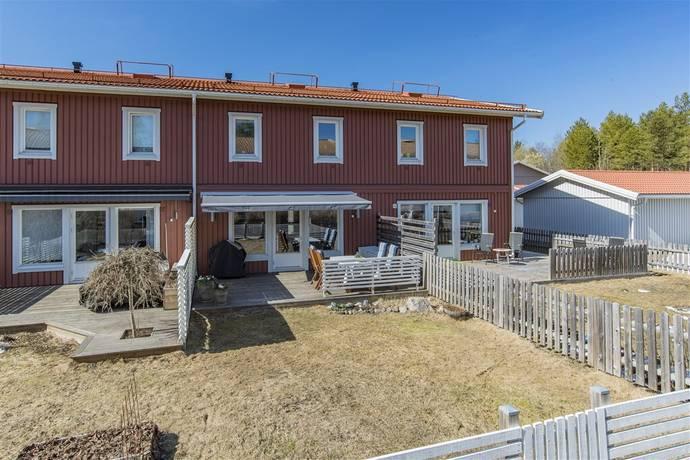 Bild: 4 rum radhus på Älvans väg 23C, Umeå kommun Tomtebo