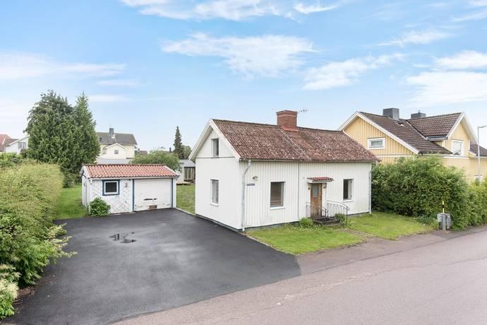 Bild: 5 rum villa på Strömgatan 18, Motala kommun Laxhagen
