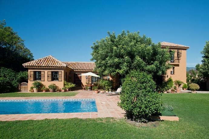 Bild: 6 rum villa på Fin villa med härlig utsikt. Privat pool, trädgård och mini golfbana, Spanien Estepona