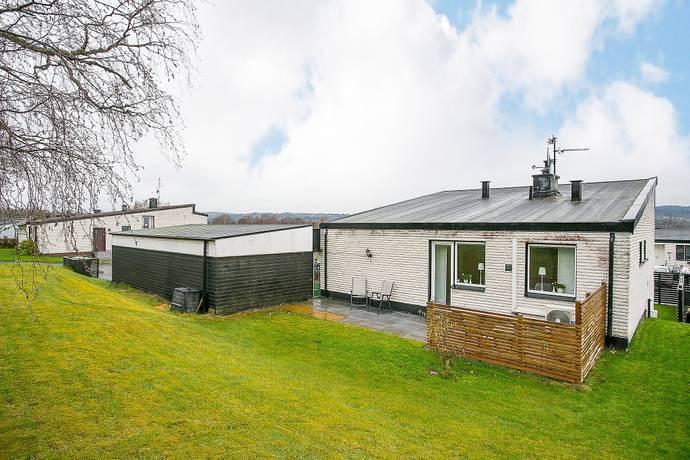 Bild: 4 rum villa på Aspåsgatan 17, Jönköpings kommun Bankeryd